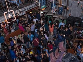 When and why did the Mumbai pub get so loud?