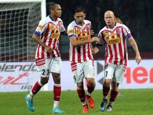 North East United coach questions why assistant-ref raised flag during ATK goal