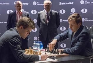 World Chess Championship: Magnus Carlsen loses Game 8 to Sergey Karjakin