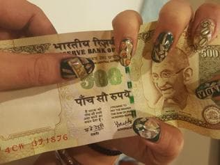 'Note'worthy creativity: Demonetisation inspires artworks, for your nails too