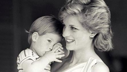 hand written princess diana letters fetch nearly 15k pounds at an auction world news hindustan times hand written princess diana letters