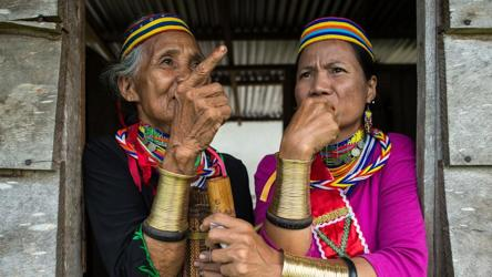 The Last Bidayuh Ring Ladies Of Sarawak Art And Culture Photos Hindustan Times