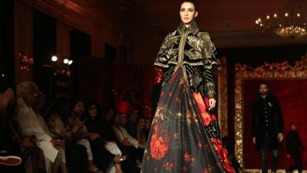 Rohit Bal S Nature Inspired Collection Ends The India Couture Week 2018 On A High Fashion And Trends Hindustan Times