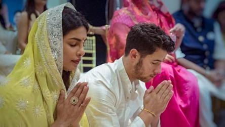 Priyanka Chopra S Mom Says Nick Jonas Followed Their Pandit Ji S Words Chanted Mantras Perfectly Bollywood