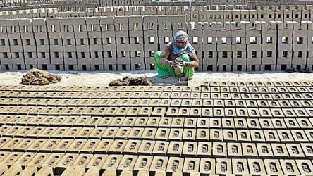 Work At Brick Kilns Halted For Four Months In Punjab Prices Likely To Shoot Up 3 Lakh Workers To Be Hit Punjab Hindustan Times