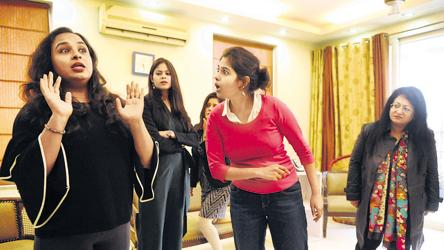 Women Power Changing Narratives Via The Stage In Gurugram Art And Culture Hindustan Times