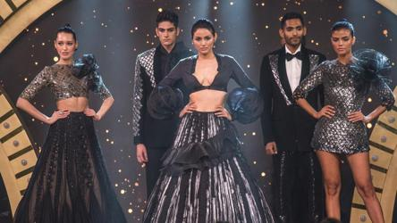 India S Most Stylish Awards 2019 Manish Malhotra Opens Up About His Collection Fashion And Trends Hindustan Times