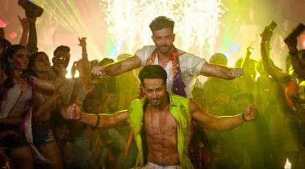 War song Jai Jai Shivshankar: Hrithik, Tiger compete on dance floor