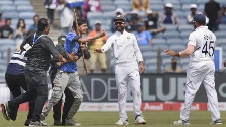 Gavaskar fumes after pitch  invader tries to kiss Rohit Sharma's feet