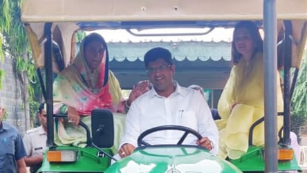 Dushyant Chautala arrives on tractor with family to cast vote in Haryana