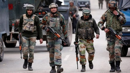 Militants lob grenade at CRPF camp in J&K's Kulgam, Army jawan injured