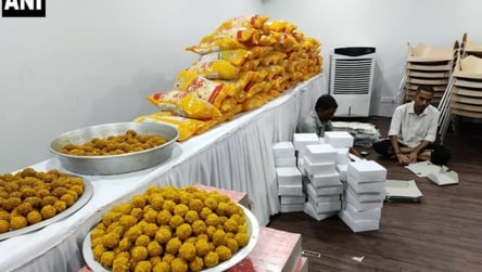 Maharashtra BJP makes 'victory' preparations, places order for 5000 laddus