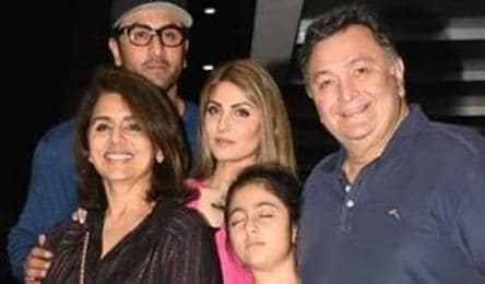 Ranbir Kapoor dines with family, a stern Rishi Kapoor tells ...
