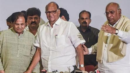 It will be a Sena-NCP-Congress govt for 5 years, says Sharad Pawar