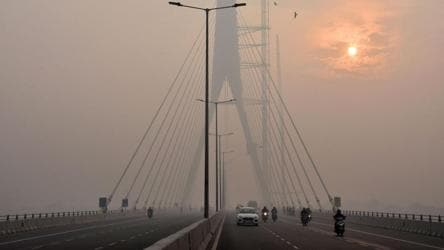 'Severe' air persists for fourth day but MPs, officials skip key pollution meet