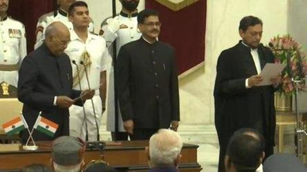 Sharad Arvind Bobde takes oath as 47th Chief Justice of India