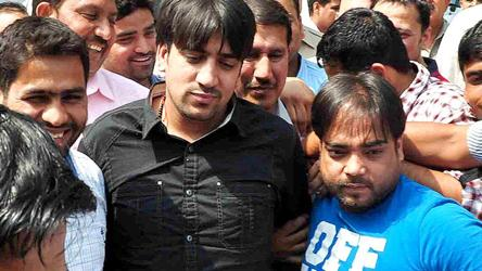 Gangster Neeraj Bawana wants iPod, non-veg food in jail to 'pass time'