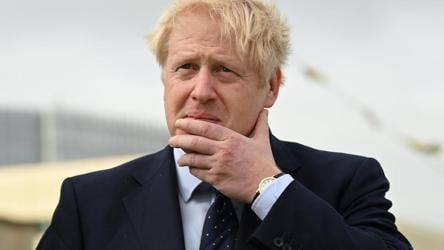 Early results in UK's Brexit election pour in, Johnson looks set for victory