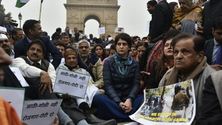 'This is tyranny': Priyanka Gandhi condemns police crackdown on Jamia students
