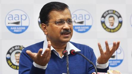 'Don't do politics over Delhi gang rape case': Kejriwal tells Smriti Irani