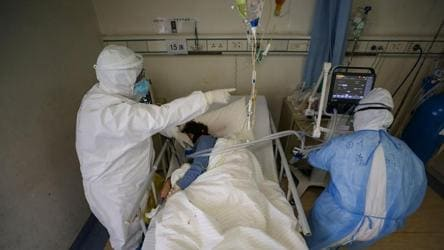 Wuhan hospital chief dies of coronavirus; death toll climbs to 1,871