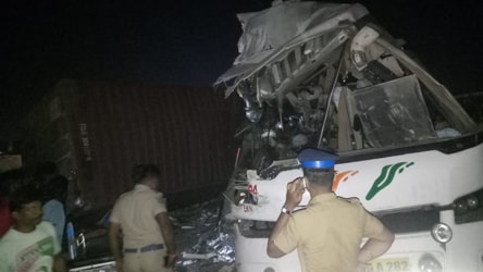 19 killed in collision between state-run bus and truck in Tamil Nadu