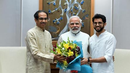 Uddhav Thackeray meets PM Modi; next stop is Sonia Gandhi, Advani