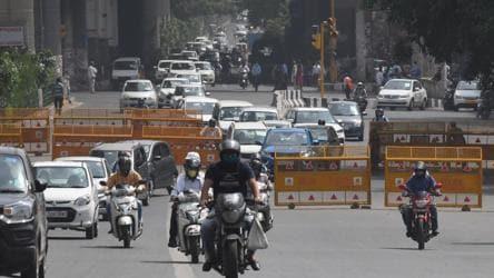 Traffic snarls return to Delhi, Covid-19 lockdown curbs take back ...