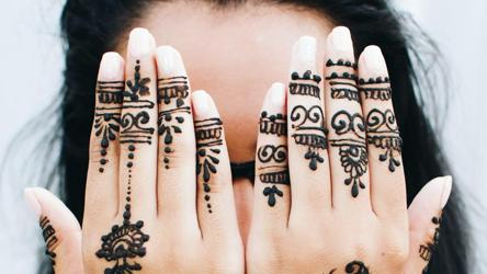 Eid Al Fitr 2020 Mehndi Designs Unique Designs You Must Try This Eid Fashion And Trends Hindustan Times