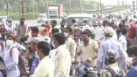 Massive traffic jam on Delhi-Gurugram route after Haryana seals border