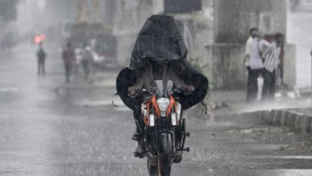 Cyclone Nisarga on course, Maharashtra and Gujarat on alert