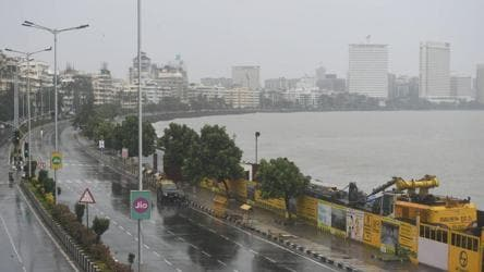 Cyclone Nisarga forces Mumbai airport to stop operations till 7 pm