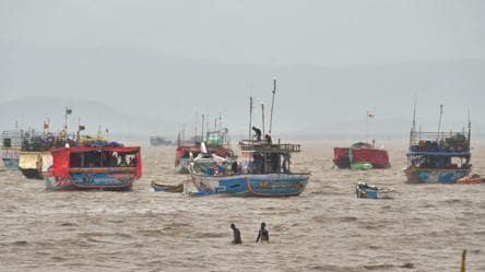 Cyclone Nisarga: 10 sailors stranded off Maharashtra's Ratnagiri coast rescued