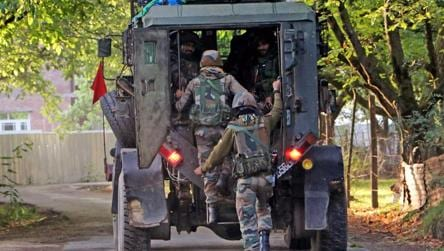 CRPF personnel killed, terrorist shot down in encounter in Srinagar's Malabagh