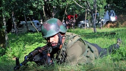 1 terrorist killed, 2 soldiers injured in ongoing encounter in J-K's Kulgam