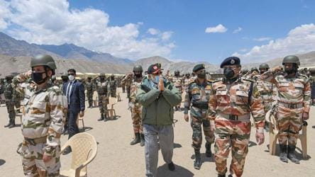 On Leh visit, PM Modi's 15-minute conversation with 14 Corps commander
