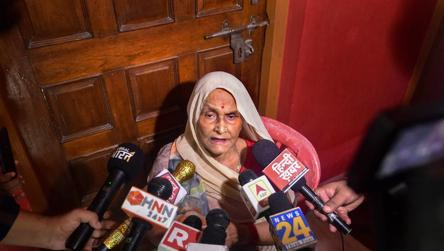 'Have nothing to do with him': Dubey's mother refuses to attend last rites