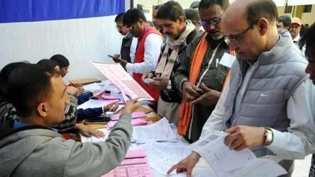 EC pauses postal ballot for 65+ voters in Bihar polls, cites constraints