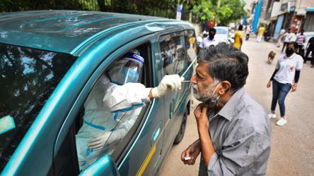 To ramp up coronavirus testing, Delhi clinics put  TB machines to use