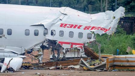'All we know is touchdown was late': DGCA chief on Kerala plane crash