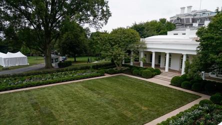 White House Rose Garden Restored For Flotus Melania Trump S Aug 25 Speech Art And Culture Photos Hindustan Times