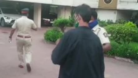 Narcotics Control Bureau reaches Rhea Chakraborty's residence
