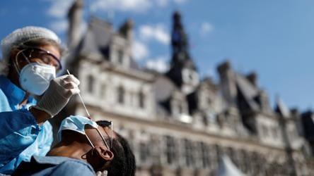 Covid 19 France Expects More Severe Infections In Next Two Weeks World News Hindustan Times