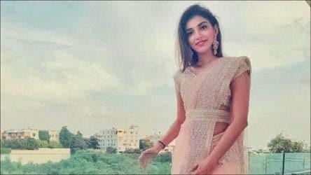 Miheeka Bajaj sets the Internet on fire in Manish Malhotra's belted pastel pink chikankari saree - fashion and trends - Hindustan Times