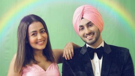 Neha Kakkar's boyfriend Rohanpreet Singh shares adorable photo: 'We look good together, don't we?' - music - Hindustan Times