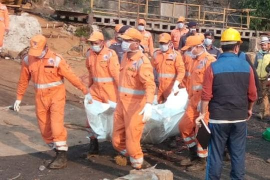 First body pulled out of Meghalaya mine, 42 days after 15 workers got stuck