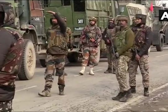 Jaish commander behind CRPF convoy attack killed in encounter in Pulwama