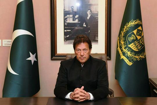 Received message from PM Modi, tweets Imran Khan on eve of Pak National Day