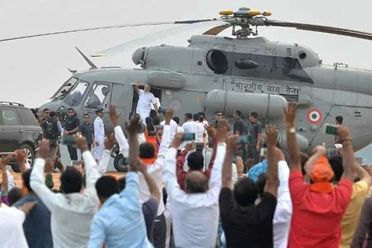 As electoral race gathers pace, political parties take fight to the skies