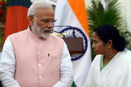 Modi suffering from 'haratanka', says Mamata Banerjee in comeback at PM